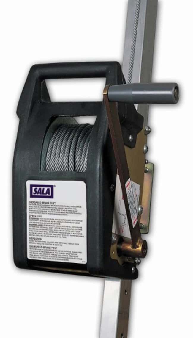 3M™DBI-SALA™ Mounted Recovery System: Winches