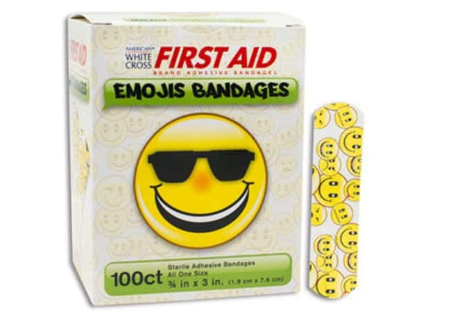 Dukal Emojis Bandages Emojis Bandages; 3/4 x 3 in.:Gloves, Glasses and