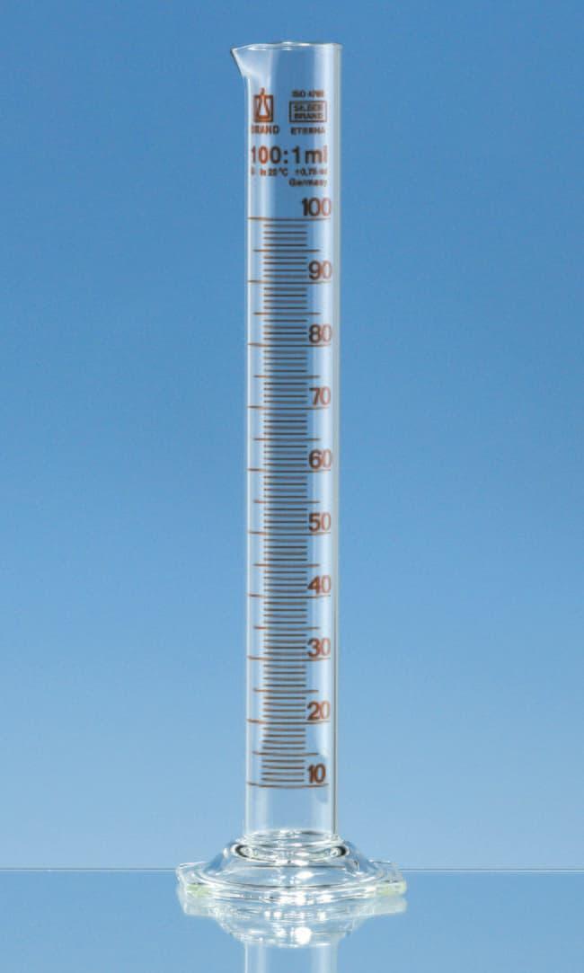 Brand™Probeta de medición de perfil alto de vidrio de borosilicato de Clase B Silberbrand™ Capacity: 5mL Ver productos