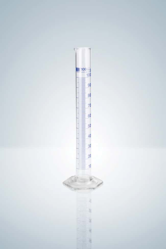 Hirschmann™Éprouvettes de mesure de classeB, graduation indélébile bleue Capacité: 5ml; Hauteur: 115mm; Graduations bleues; Base hexagonale en verre voir les résultats