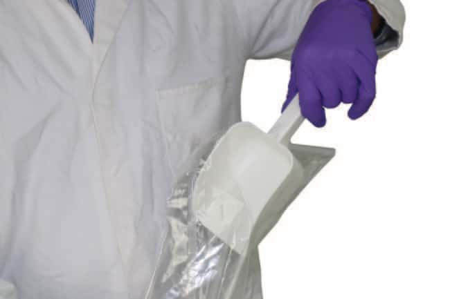 Sampling Systems™SteriWare™ Disposable PharmaScoop™ Capacity: 1000mL; Sterile: Yes Sampling Systems™SteriWare™ Disposable PharmaScoop™