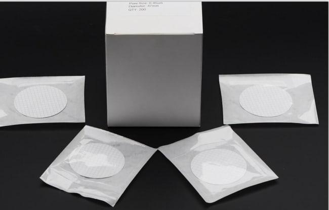 Manta Diagnostics™Filtres en nitrate de cellulose avec grille 0,45µm Manta Diagnostics™Filtres en nitrate de cellulose avec grille