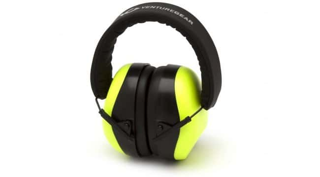 PyramexVenture Gear VG80 Series Ear Muffs Color: Black Graphite Pattern:Personal