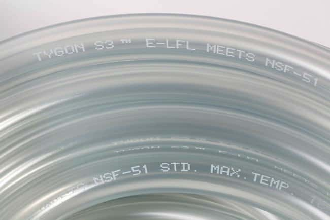 Saint-GobainTygon S3™ E-LFL Schläuche ohne DEHP Innendurchmesser: 1/4Zoll (6.4mm); Außendurchmesser: 3/8Zoll (9.5mm); Druck: 20psi Saint-GobainTygon S3™ E-LFL Schläuche ohne DEHP