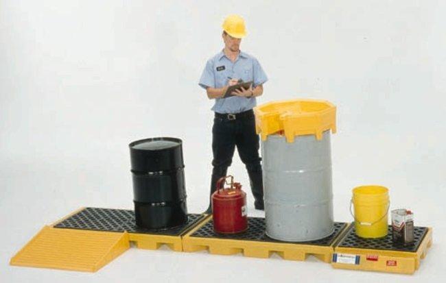 Youngstown Barrel & Drum 5-Drum InLine Spill Deck 5-Drum; Capacity: 416.4L