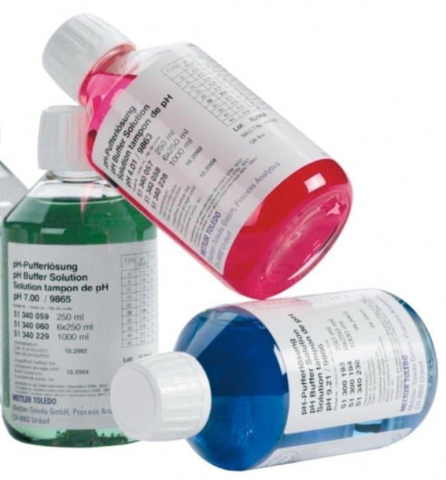 Mettler Toledo™Solución tampón pH 10 Quantity: 6 x 250mL Mettler Toledo™Solución tampón pH 10