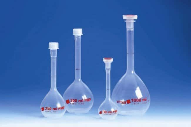 VITLAB™Class A PMP Volumetric Flask Capacity: 10mL; Height: 90mm; Includes: NS 10/19 stopper; Tolerance: �0.04mL VITLAB™Class A PMP Volumetric Flask