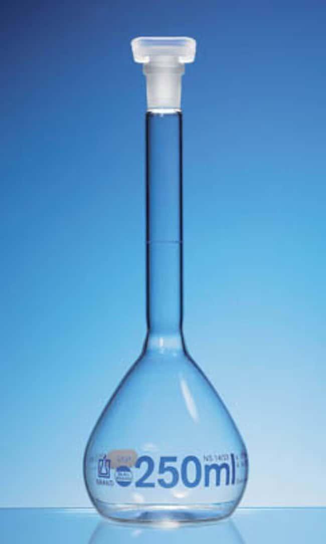 BRAND™Blaubrand™ Borosilicate Glass Class A USP Volumetric Flask  BRAND™Blaubrand™ Borosilicate Glass Class A USP Volumetric Flask
