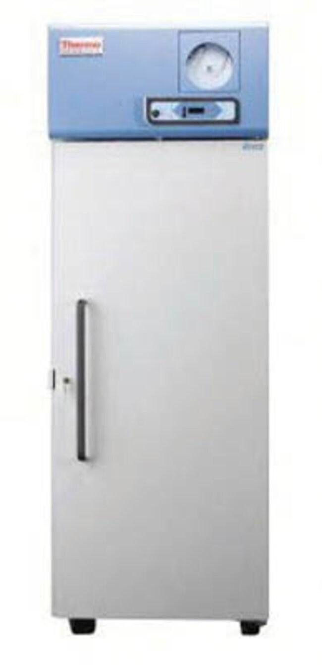 Thermo Scientific™Revco™ Upright Freezer Capacity: 659L Ultra-Low-Temperature Freezers