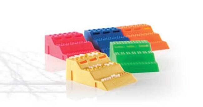 Fisherbrand™3-Way Tube Racks interlocking to fit 4 tube sizes polypropylene autoclavable assorted (blue green pink yellow orange) Fisherbrand Microtube Racks