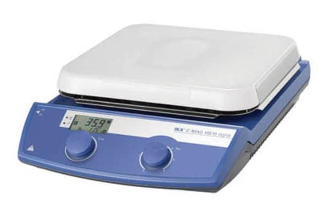 IKA™Agitador magnético digital con placa calefactora de cerámica C-MAG HS 10 digital; 300Wx 105mmH IKA™Agitador magnético digital con placa calefactora de cerámica