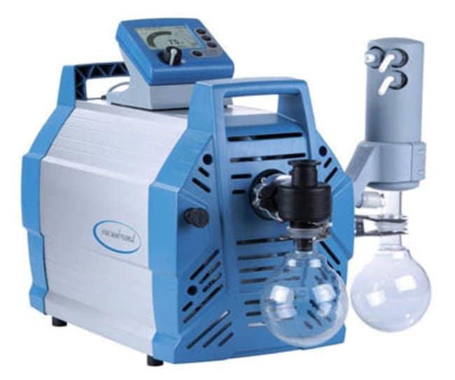 VACUUBRAND™Unidad de bombeo químico PC 3012 NT VARIO™ Includes: CEE Plug VACUUBRAND™Unidad de bombeo químico PC 3012 NT VARIO™