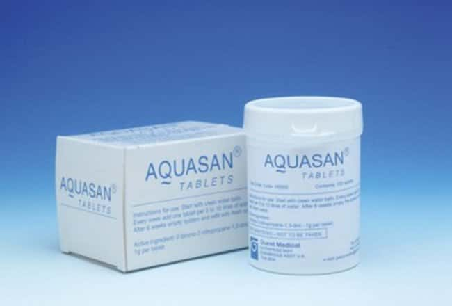 aquasan  Guest MedicAL™ Aquasan Water Bath Cleaner Size: 0.2Kg Products