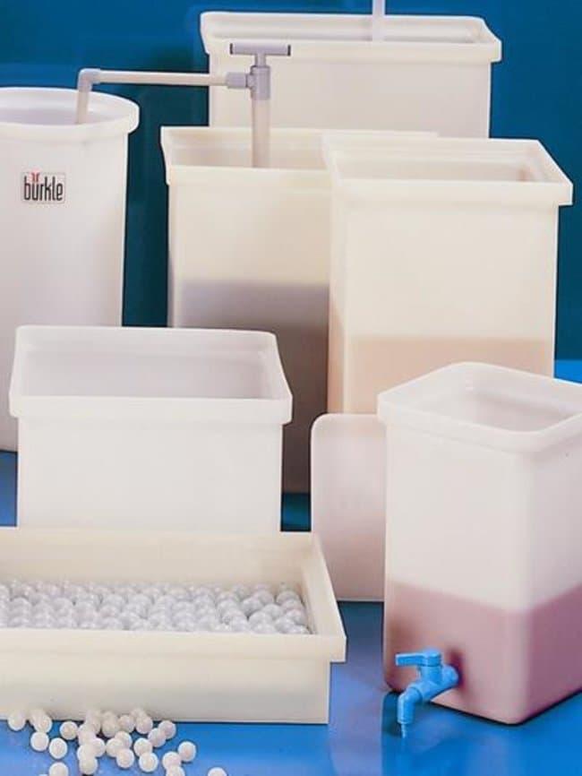 Buerkle™LDPE Rectangular Container Capacity: 48L Buerkle™LDPE Rectangular Container