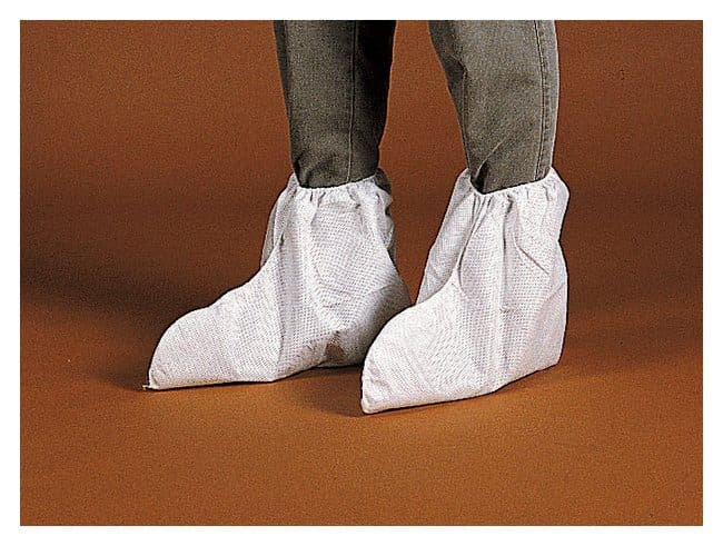 Kimberly-Clark Professional KleenGuard A20 Boot Covers  Size: Universal:Gloves,