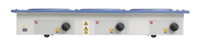 Electrothermal™Mehrfach-Heizmantel für Extraktionen– 3 Heizstellen, nur Heizfunktion Model: EME30100/CEB; Flask capacity: 100mL (3.38 oz.); 230V 50/60Hz, 180w (UK and EU plug); 27 x 64 x 11cm (10.6 x 25.1 x 4.3 in.) Non-stirring Heating Mantles