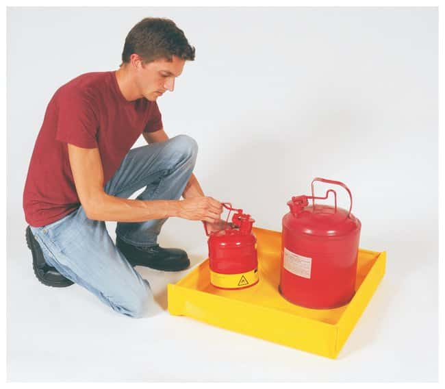 Youngstown Barrel  30.5cm (12 in.) Tray; 1.5 gal.:Gloves, Glasses and Safety