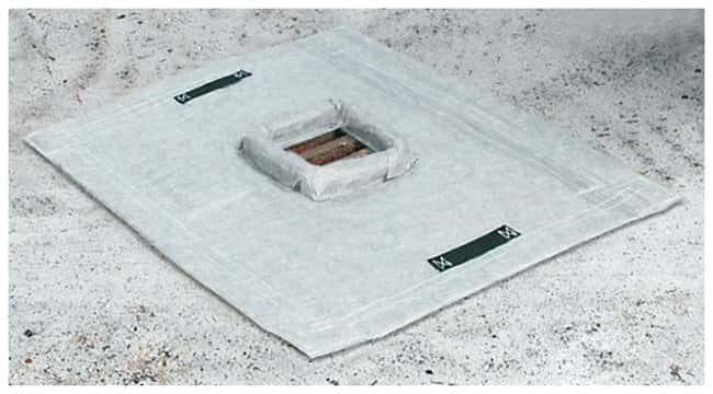 Youngstown Barrel  Trench grate style; 60.96 x 60.96cm (24 x 24 in.); Sediment:Gloves,