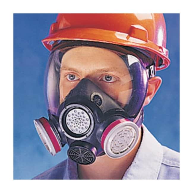 MSA™Advantage™ 1000 Respirator
