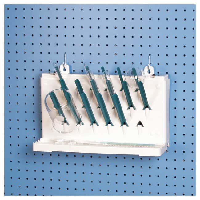 Bel-Art™ SP Scienceware™ Lab-Aire™ II Glaswaren Trockengestelle Benchtop or wall-mount; Single-sided; 1 tier; 19 pegs Bel-Art™ SP Scienceware™ Lab-Aire™ II Glaswaren Trockengestelle