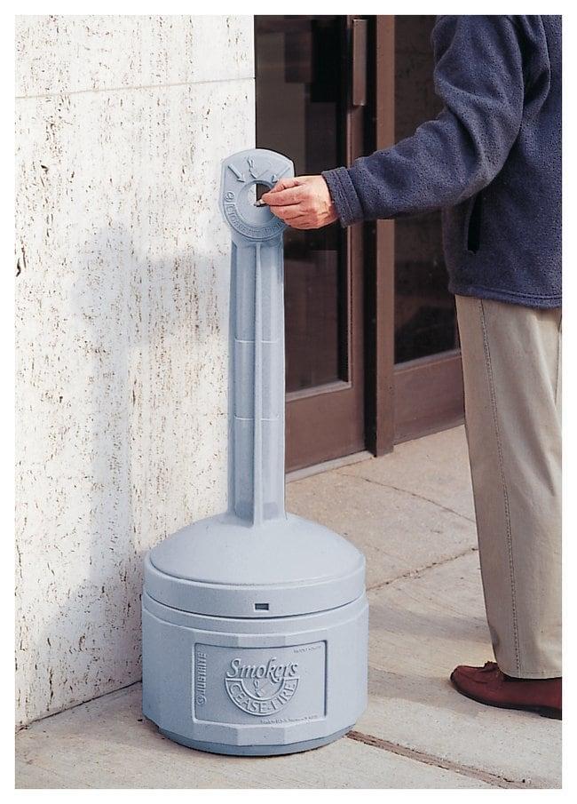 Justrite™Smokers Cease-Fire™ Behälter für Zigarettenstummel Pewter gray Justrite™Smokers Cease-Fire™ Behälter für Zigarettenstummel