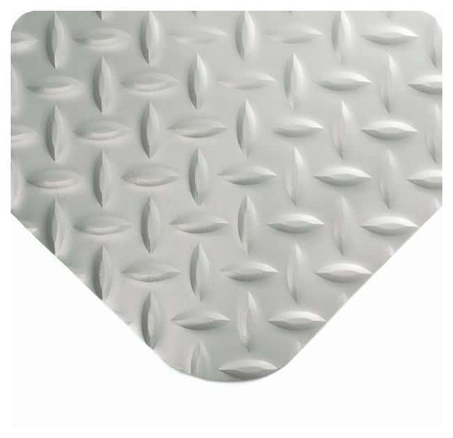 Wearwell Diamond-Plate SpongeCote Mat  L x W: 5 x 3 ft.; Color: grey; Thickness: