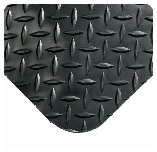 Wearwell Diamond-Plate SpongeCote Mat L x W: 10 x 3 ft.; Color: black;