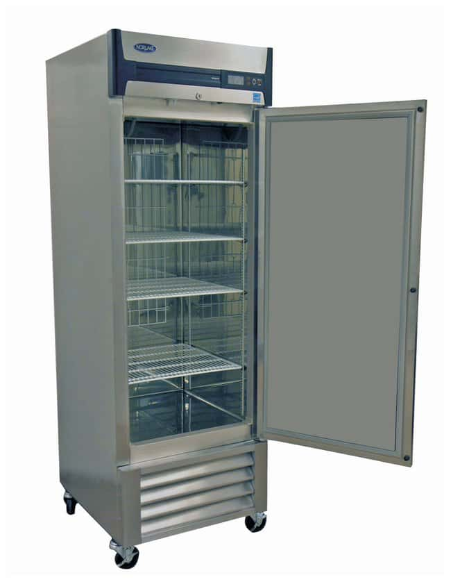 Nor-Lake Scientific Grand Series Solid Door Freezers 4 shelves; 4 casters;