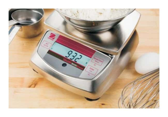 OHAUS™ Valor™ 3000 Xtreme Portable Scale