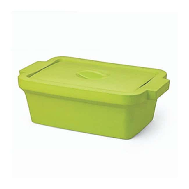 Corning™ Rectangular Ice Pan with Lid, Midi 4 L Green; 4 L; Ice pan with lid, midi Corning™ Rectangular Ice Pan with Lid, Midi 4 L