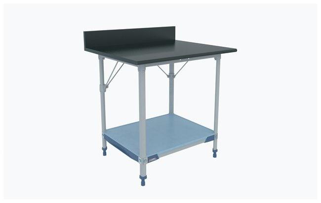 Metro™Table de travail de laboratoire en polymère MetroMaxi™, dessus phénolique noir avec Solidi Shelf Fixe; 35,75x30x40,5po (LxlxH) (90,8x76,2x101,6cm); surface de travailH: 92,7cm (36,5 in) Metro™Table de travail de laboratoire en polymère MetroMaxi™, dessus phénolique noir avec Solidi Shelf