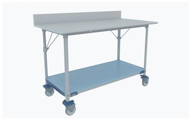 Metro™Table de travail de laboratoire MetroMaxi™, dessus en acier inox et dosseret avec Solidi Shelf Mobile; 59,75x30x39,5po (LxlxH) (151,7x76,2x100,3cm); surface de travailH: 90,2cm (35,5 in) Metro™Table de travail de laboratoire MetroMaxi™, dessus en acier inox et dosseret avec Solidi Shelf