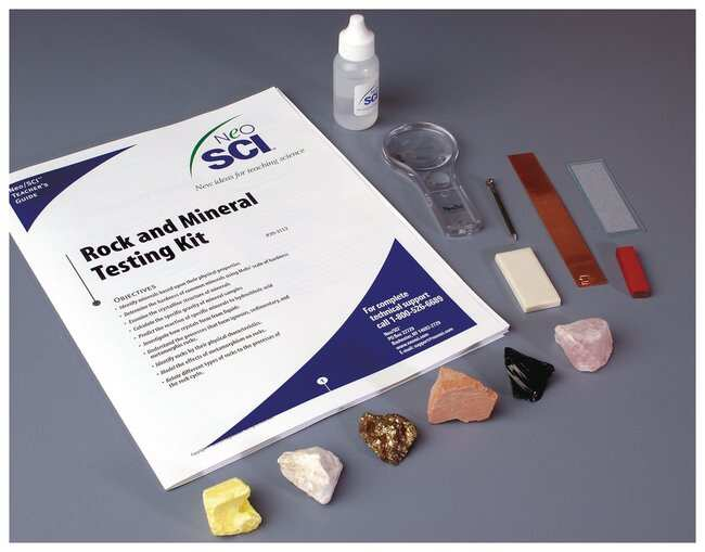 Rock and Mineral Test Kit :Teaching Supplies:Earth and Space