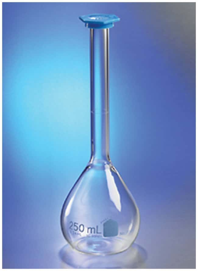 PYREX™ VISTA™ Class B Volumetric Flasks with Polyethylene Snap-Cap