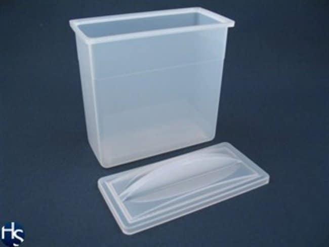 Plastic staining dish