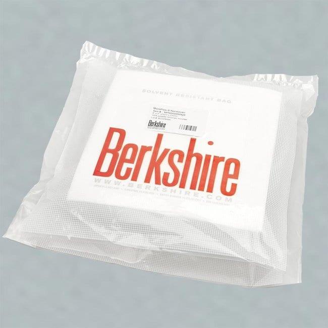 Berkshire MicroPolx Nonwoven Cleanroom Wipes Dimensions (L x W): 23 x 23
