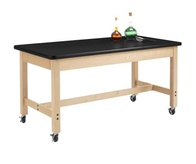 Diversified Woodcrafts Maple Table with  Plain Apron and Plastic Laminate