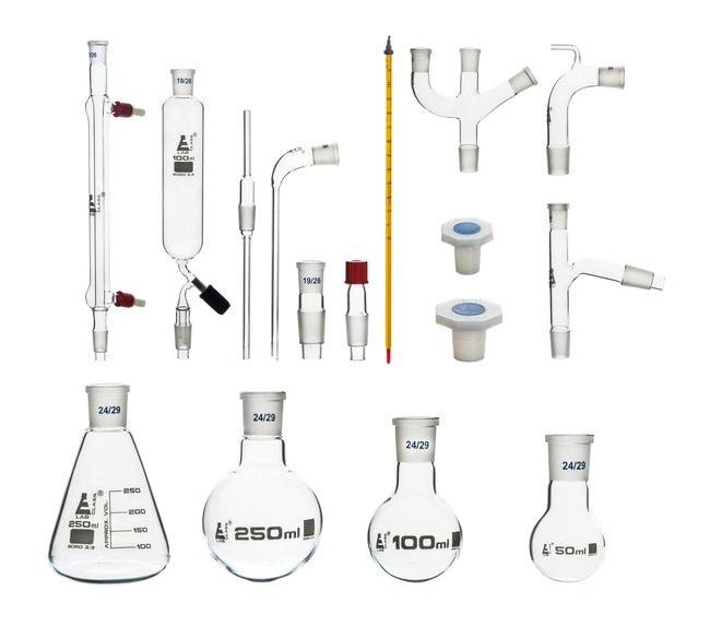Eisco™Advanced Organic Chemistry Distillation Glassware Set 24/29, 17 Piece, 22 Interchangeable Fittings, With Case<img src=