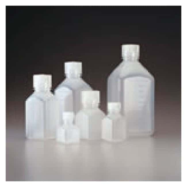 Thermo Scientific™Frascos cuadrados graduados Nalgene™; PPCO natural con tapón de PP, embalaje a granel: Bottles Botellas, frascos y jarras