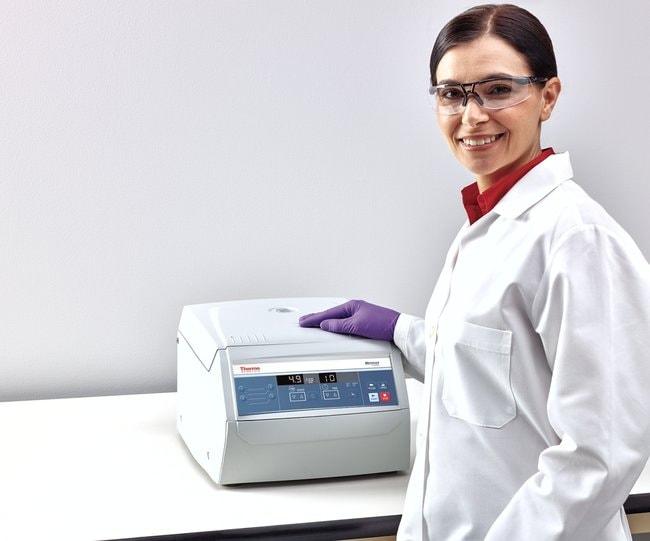 Thermo Scientific™Medifuge™ kleine Tischzentrifuge 220-230V Thermo Scientific™Medifuge™ kleine Tischzentrifuge