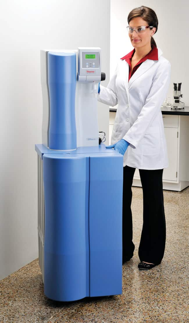 Thermo Scientific Barnstead LabTower TII Water Purification System :Testing