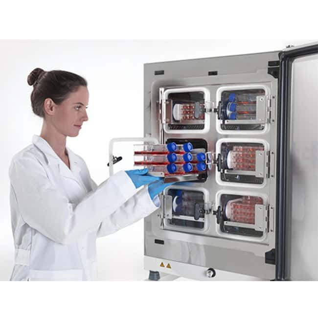 Heracell&trade; VIOS&trade; 160i CO<sub>2</sub> Incubator with Cell Locker&trade; System